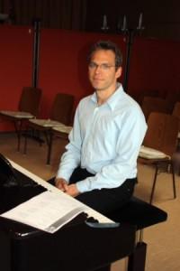 Chorleiter bei der Probe